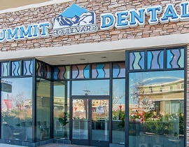 Outside view of Summit Boulevard Dental